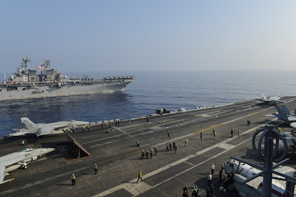 Theodore Roosevelt CSG, Makin Island ARG join forces in South China Sea