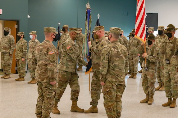 Chicagoland Army Reserve unit welcome new commander
