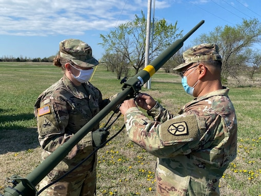 451st ESC Soldiers Conduct Rapid Deployment Training Exercise