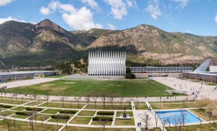 An areal photograph of USAFA depicting the chapel and cadet area.