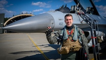 13th FS pilot wins JAAGA award, fortifies Japanese-American relations