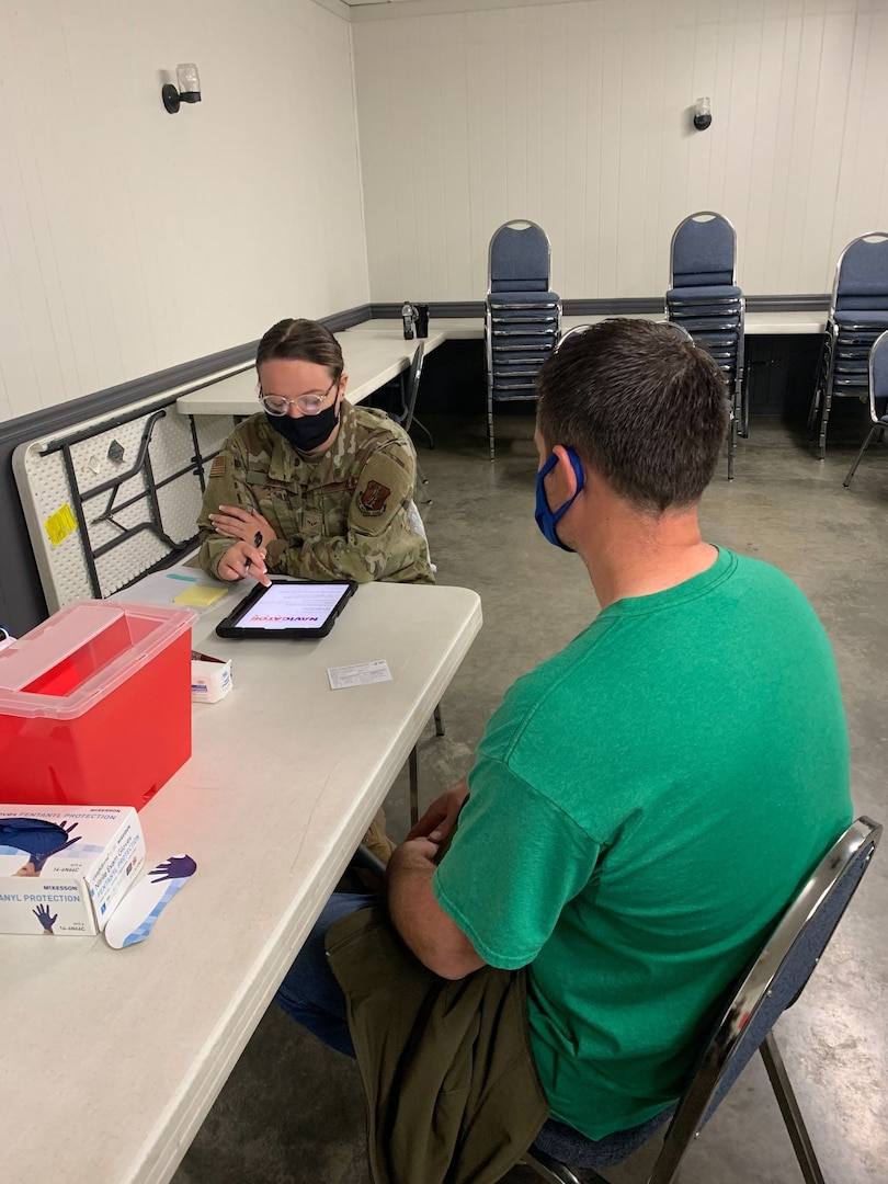 Senior Airman Terra Waitl, who is assigned to the 139th Logistics Readiness Squadron's material management office, Missouri Air National Guard, has been assisting at food banks in and around St. Joseph. The effort is part of Missouri's COVID-19 response.