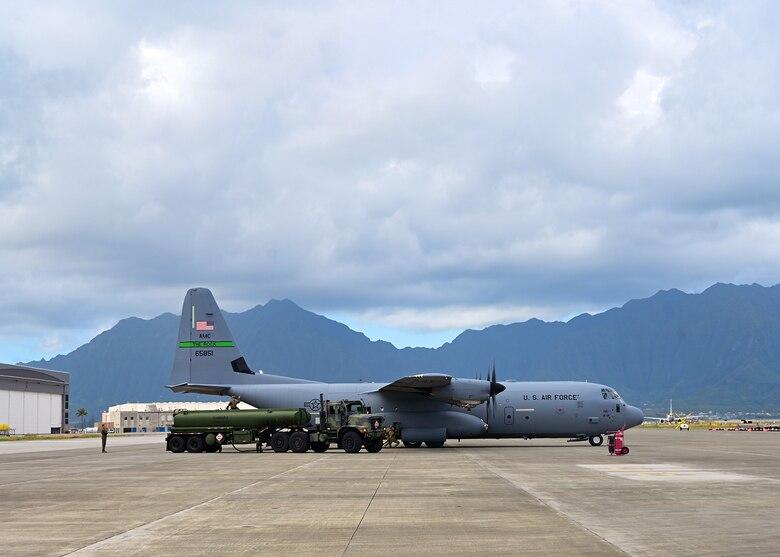 An aircraft sits on the flightline at Marine Corps Base Hawaii, Hawaii.