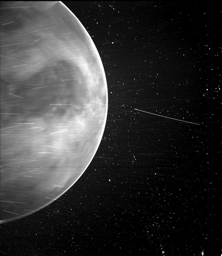 Earth's 'Evil Twin' surprises NRL sky watchers