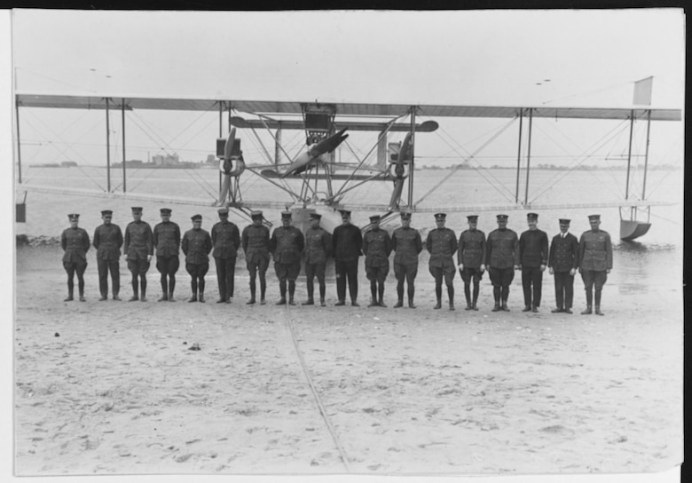 Oregon's Military and Naval Aviation Pioneers, Frank W. Wright and Louis T. Barin, Jr.