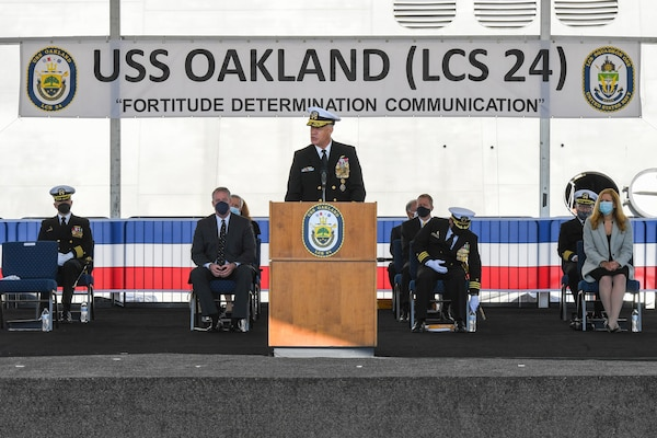 U.S. Naval Academy Superintendent Vice Adm. Sean Buck provides remarks at the USS Oakland (LCS 24) commissioning ceremony.