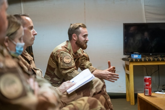 Civil Affairs East Africa meets with French Civil-Military Cooperation team in Mali