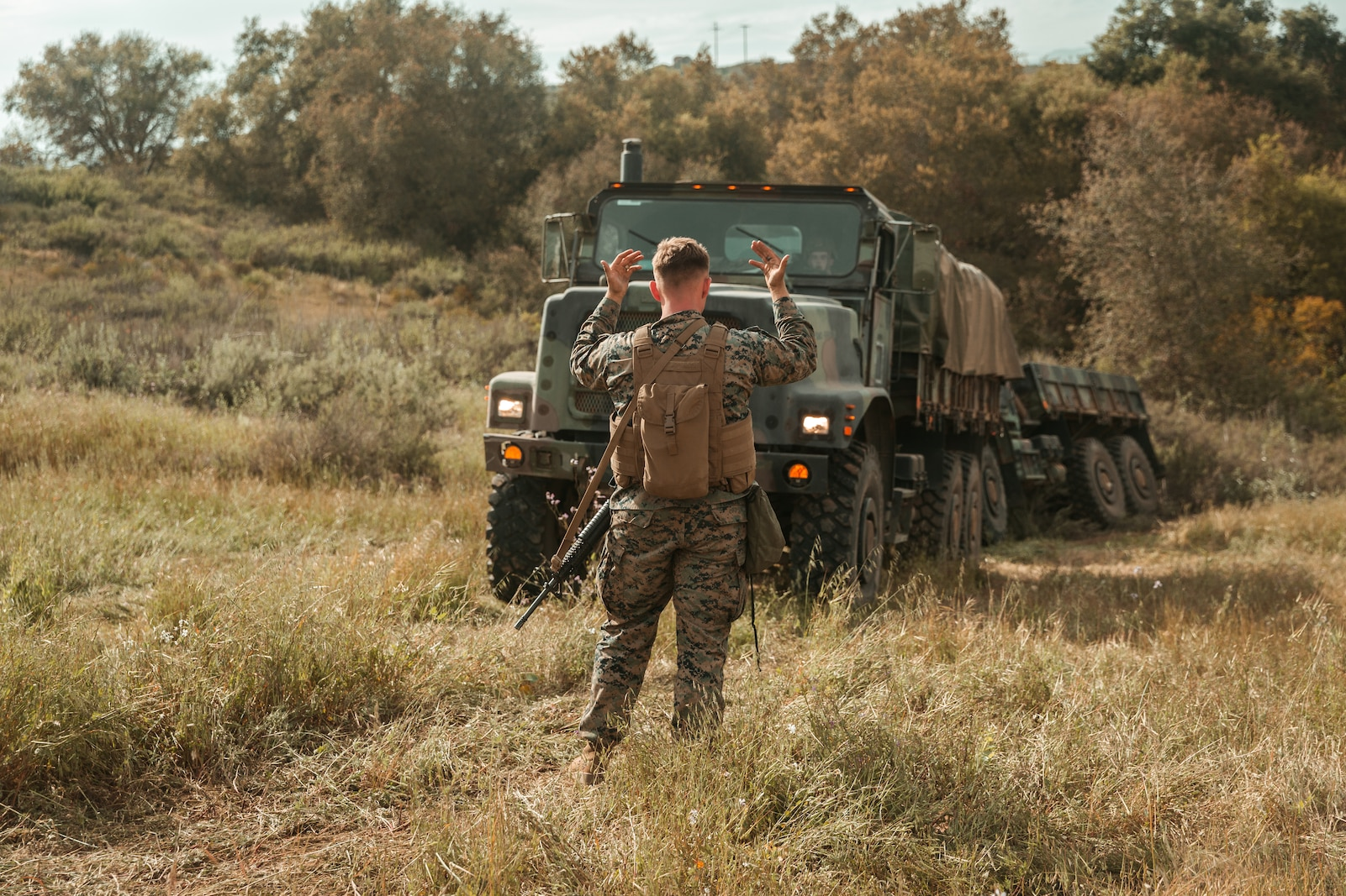 CLR-17 conducts vehicle recovery drills on Camp Pendleton.