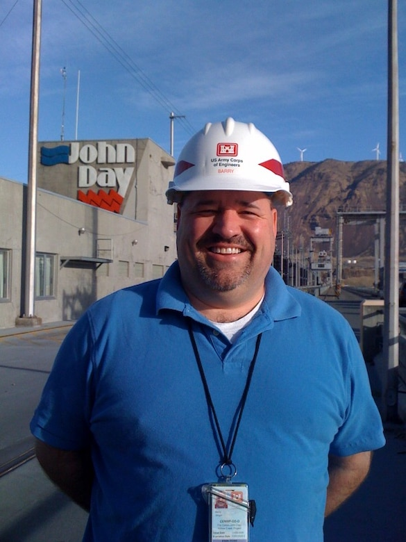 Great Lakes and Ohio River Division Employee Spotlight: Barry Wright Safety and Occupational Health Manager