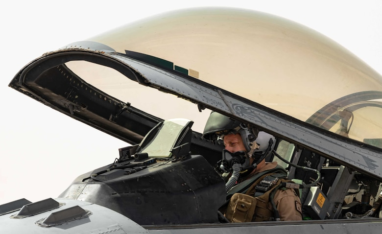 Photo of a pilot in an F-16
