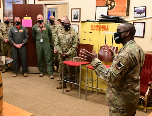 U.S. Air Force Chief Master Sgt. Maurice Williams, command chief, Air National Guard, speaks with members of the 118th Operations Group, Tennessee National Guard, April 23, 2021 at Berry Field Air National Guard Base, Nashville, Tennessee. Williams was given a tour of all the operational missions at the 118th Wing, and was able to meet with several of the wing's top performing Airmen. (U.S. Air National Guard photo by Master Sgt. Jeremy Cornelius)