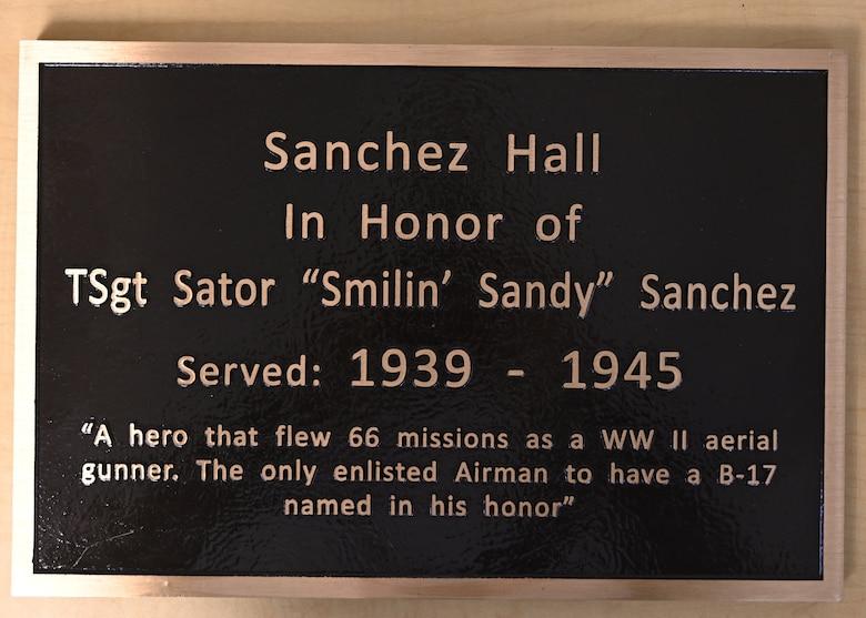 honorific plaque