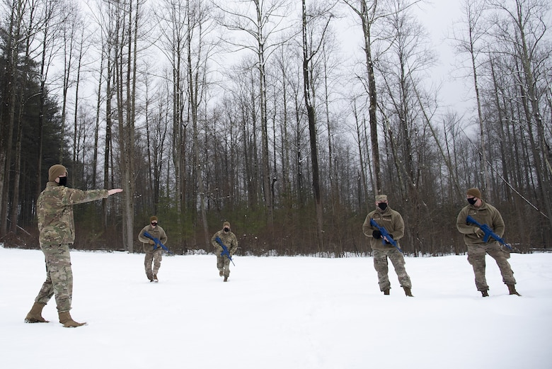 Airmen receive instruction