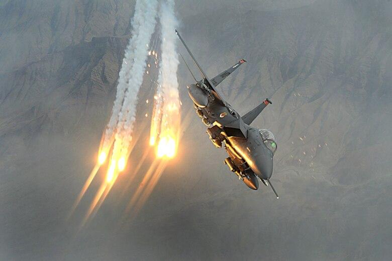 F-15A/B/C/D/E Eagle and F-15E Strike Eagle