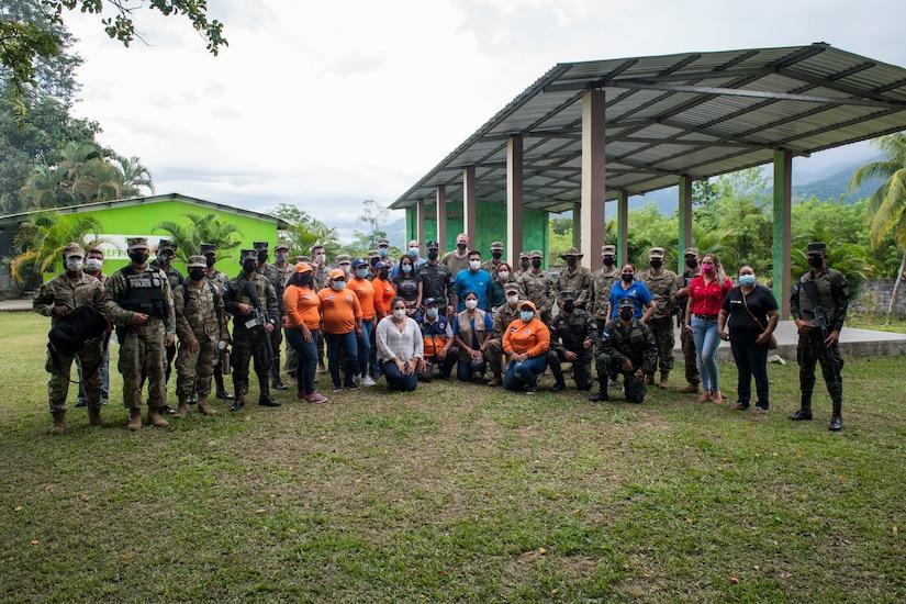 JTF-B medical members provide care to locals in Atlántida, Honduras