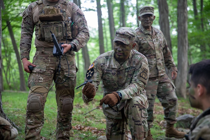 Maj. John Dibble III, Assistant Product Manager for Product Manager Soldier Maneuver Sensors, demonstrates the Soldier Borne Sensor (SBS) to cadets during the United States Military Academy (USMA) at West Point Cadet Leader Development Training (CLDT) in July.
