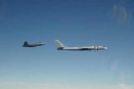 Commander Offers Strategies for Deterring Aggression From China and Russia