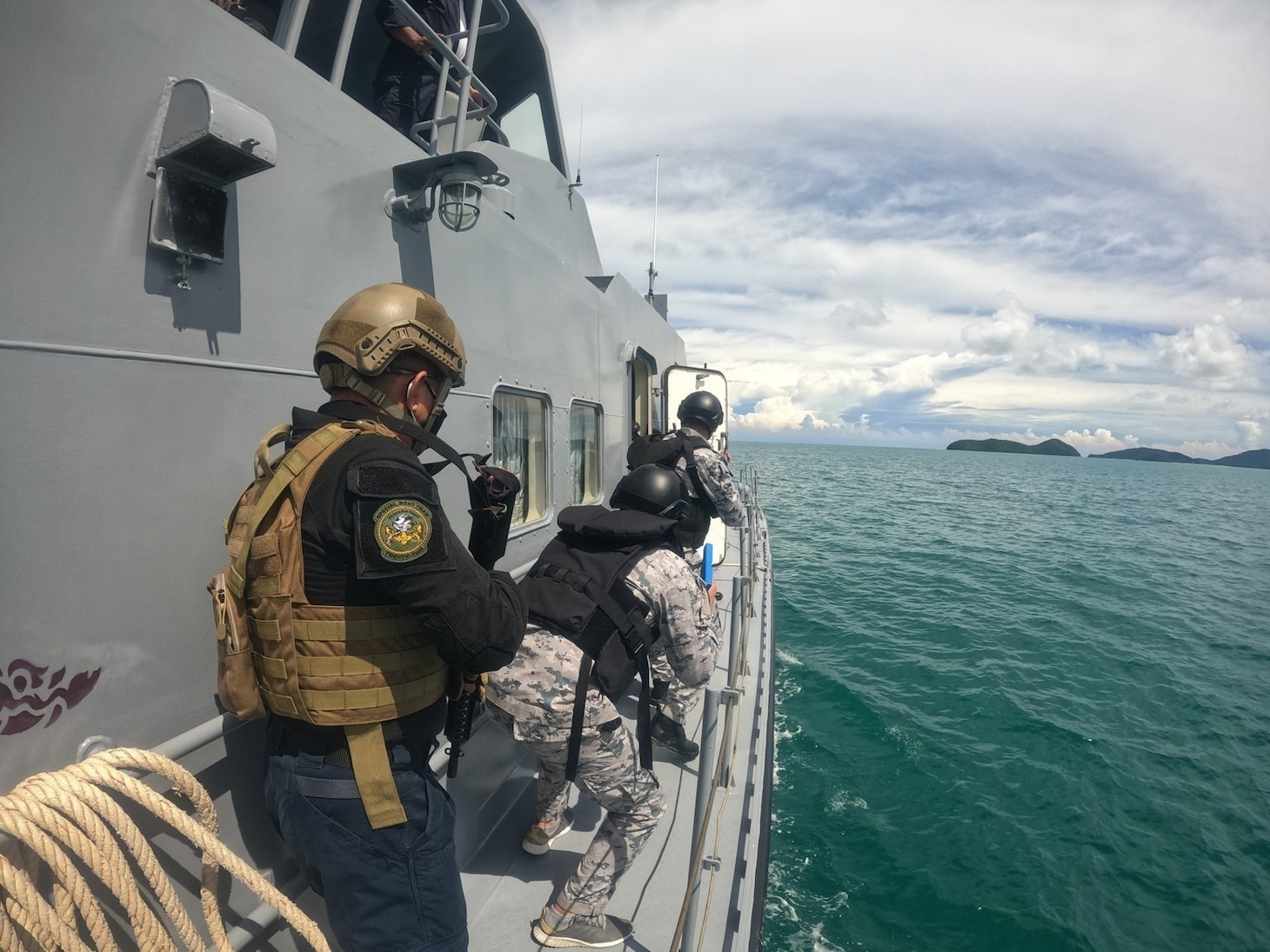 PHUKET, Thailand (Aug. 15, 2021) U.S. Navy and Thailand Maritime Enforcement Command Center (Thai MECC) personnel practice maritime tactics, techniques and procedures during Southeast Asia Cooperation and Training (SEACAT) exercise