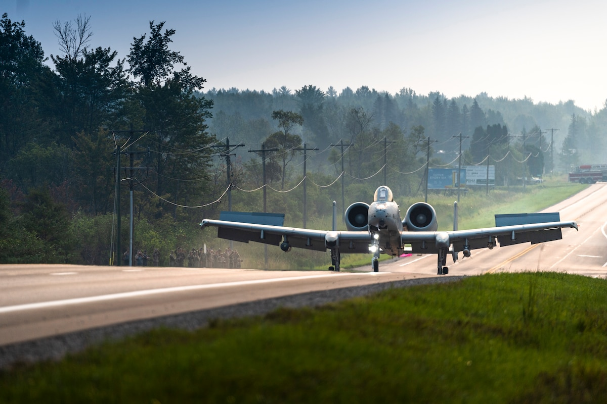 Aircraft landing along highway during Northern Strike 21