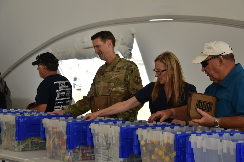 Air Force Sustainment Center Commander attends USO community event.