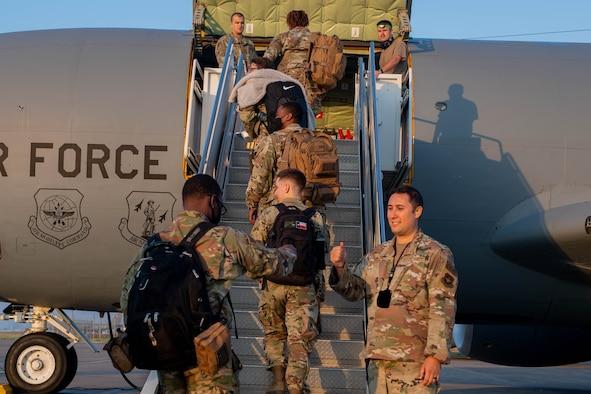 Airmen deploying on aircraft