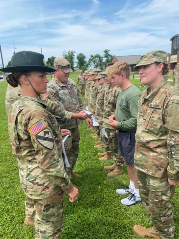 DS Mary Carter conducts a uniform check on Pvt.1st. Class Lauren Heckel during an RSP Drill Weekend July 18, 2021  Armed Forces Reserve Center in Richmond, KY