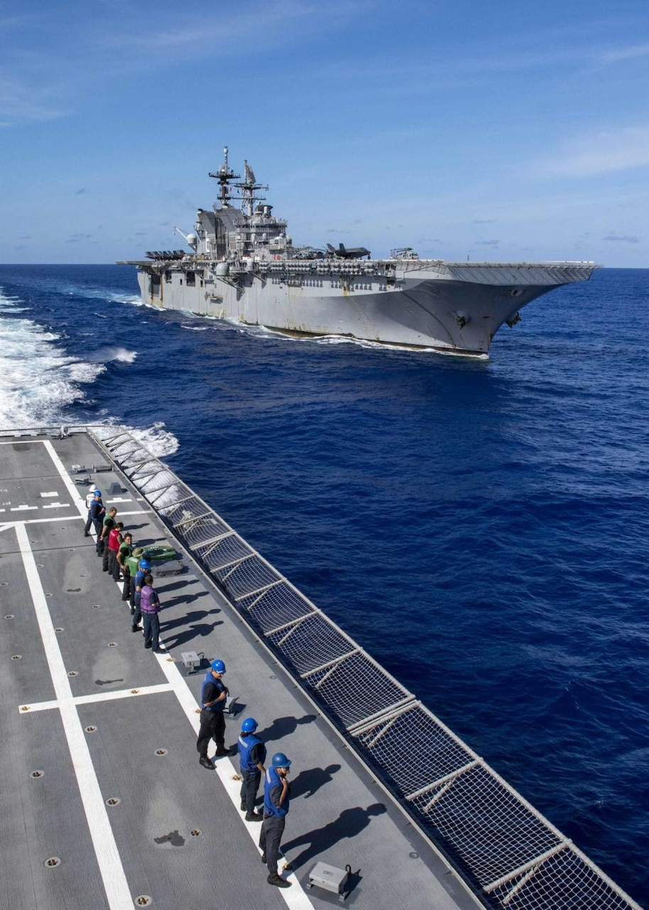 Fueling At Sea between USS Charleston (LCS 18) and USS America (LHA 6)