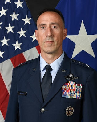 Maj Gen Leo Kosinksi