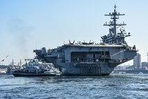 USS Carl Vinson arrives in Yokosuka for port visit