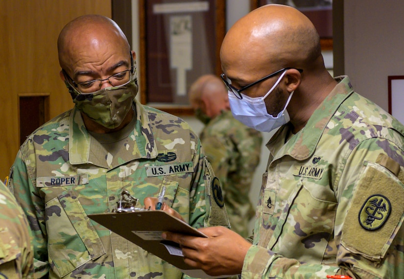 Deputy Commanding General of Army Reserve receives 2nd COVID-19 vaccine shot