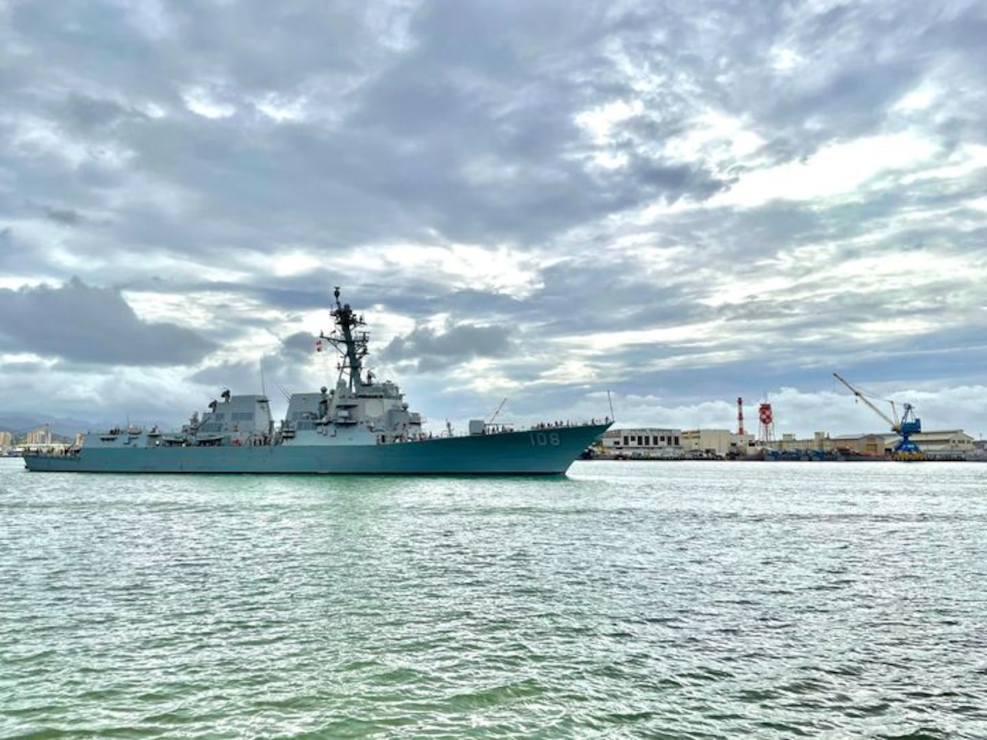 Hawaii Regional Maintenance Center (HRMC) successfully delivered Arleigh Burke-class guided-missile destroyer USS Wayne E. Meyer (DDG 108) from its Docking Selected Restricted Availability (DSRA) Jan. 29, 14 days early.
