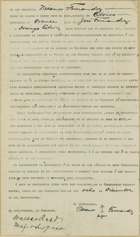 An old, typed letter in Spanish with some handwriting on it.