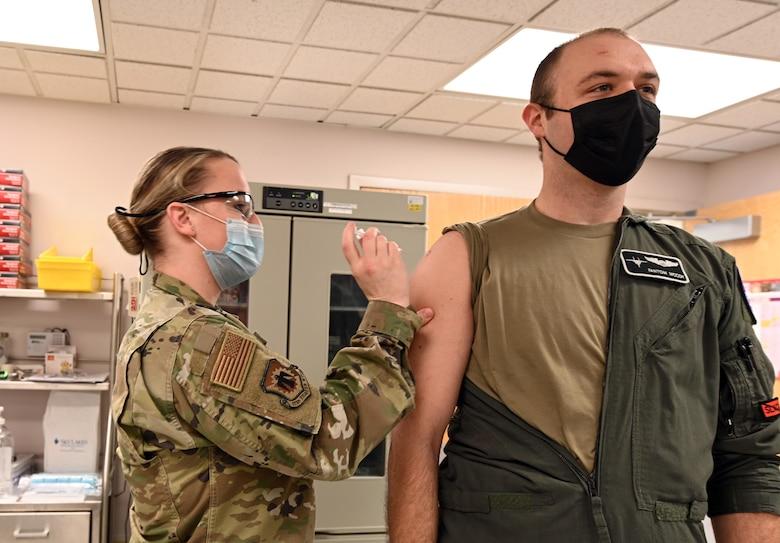 pilot getting vaccine