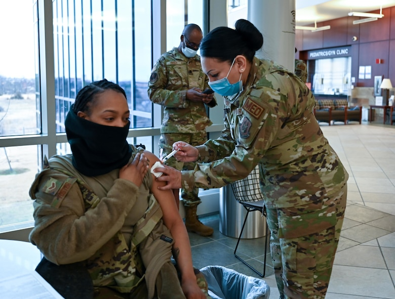 Airmen received COVID-19 vaccine