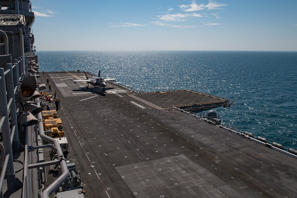 A U.S. Marine Corps F35B Lightning II prepares to take off from the flight deck of the amphibious assault ship USS Makin Island (LHD 8) during flight operations in support of Operation Inherent Resolve, Feb. 13.