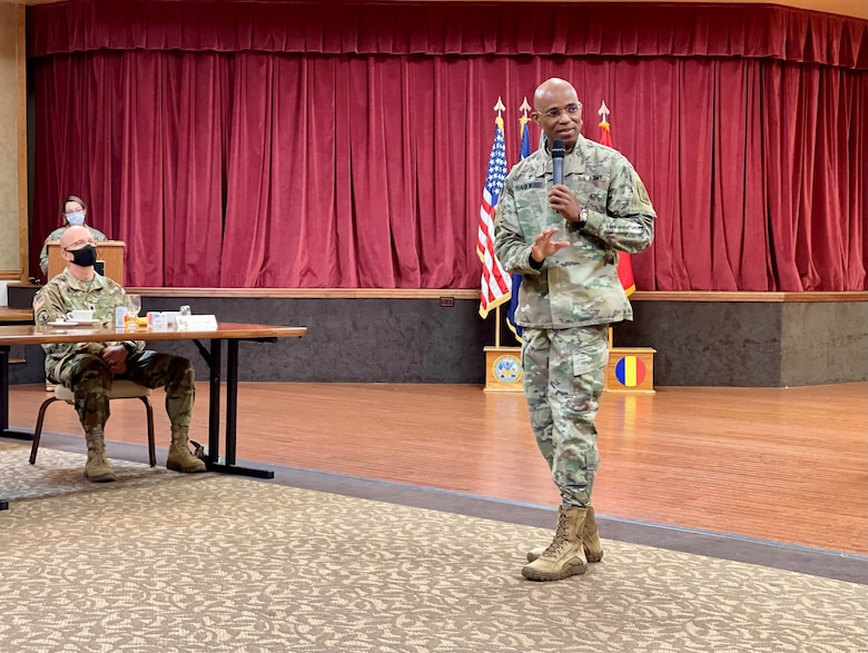 Jackson prays for nation, Soldiers at annual breakfast