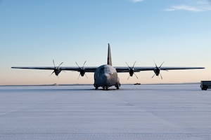 Snow bird like a C130
