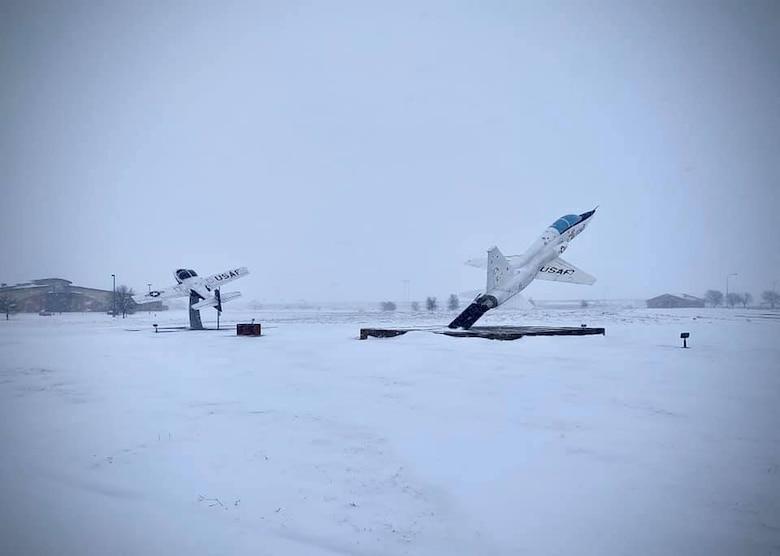 Snowstorm hits Sheppard AFB
