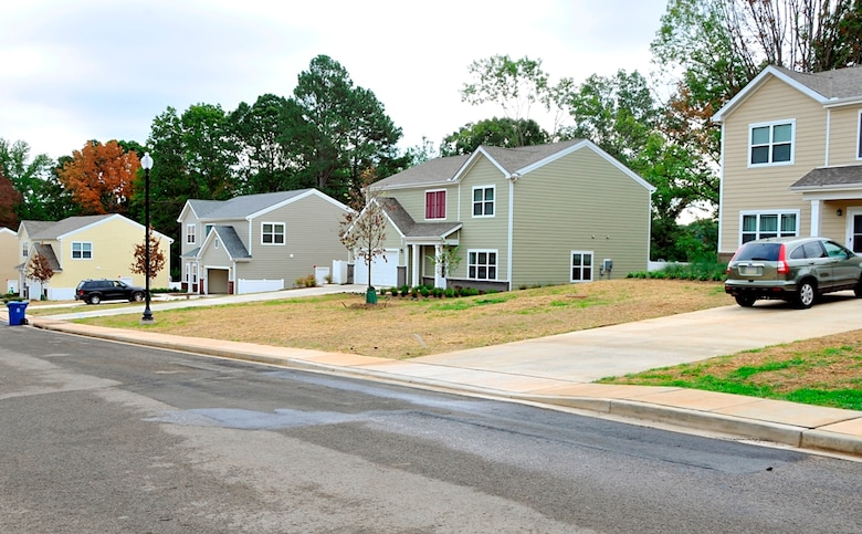 Arnold AFB, Tennessee, housing