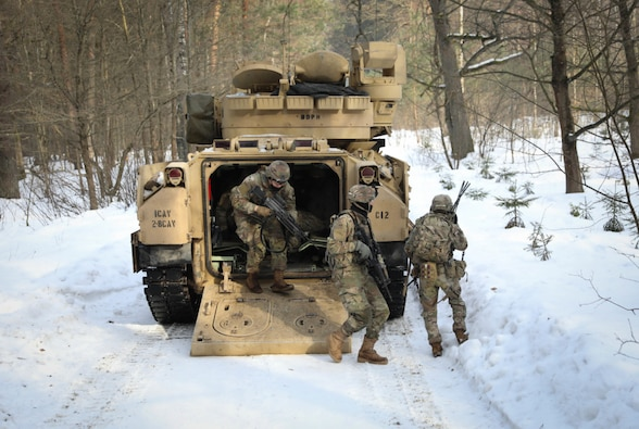 Lithuanian Dragoons demonstrates unconventional warfare on U.S.