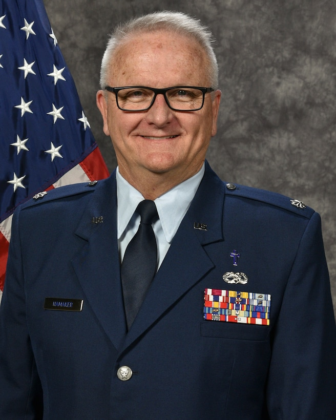 Lt. Col. Daryl R. Hamaker Official Photo