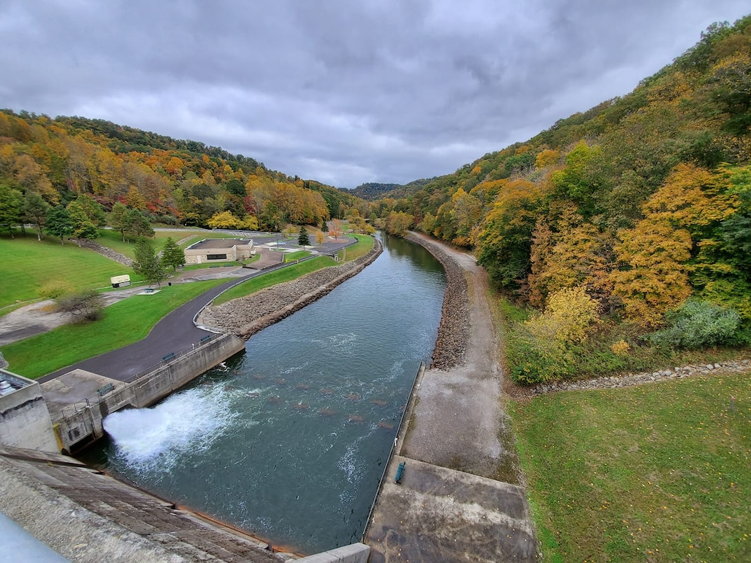 The U.S. Army Corps of Engineers Pittsburgh District is seeking public feedback regarding proposed changes to the Stonewall Jackson Lake Master Plan based on public input collected in October 2019.