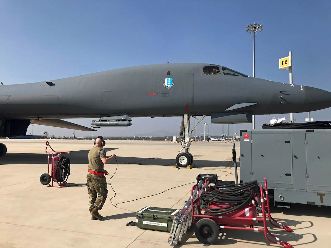 B-1 arrives at Bengaluru, India