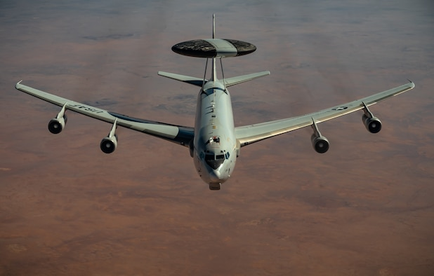 350th EARS provides fuel to E-3