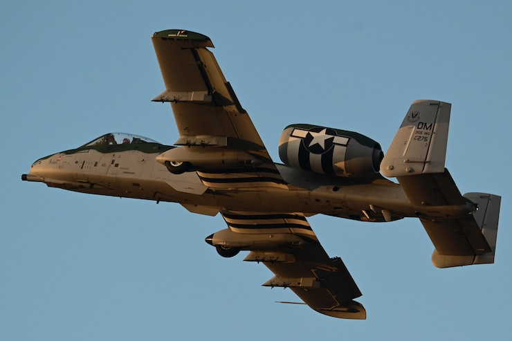 Photo of an A-10 Thunderbolt II in the air