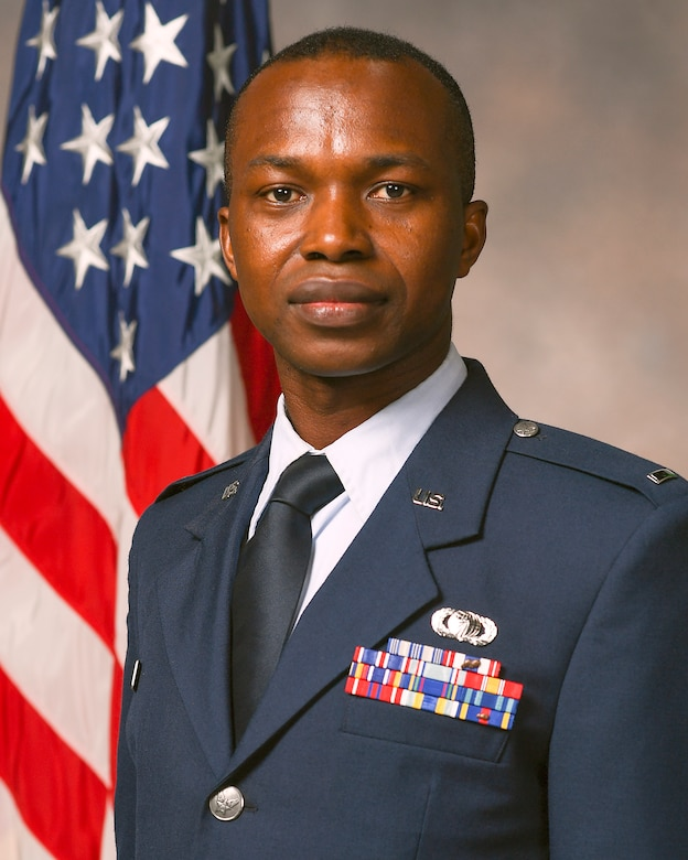 1st Lt. Samuel Nyamekye, a former Air Force Research Laboratory Aerospace System's Directorate Airman, was recently named the 2021 Most Promising Engineer in Government in advance of the 35th Annual 2021 Black Engineer of the Year STEM Conference, to be held virtually Feb. 11-13. (Courtesy photo)