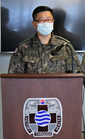 Integrated Service of ROK Military Health Care Personnel Program graduates 131st cycle