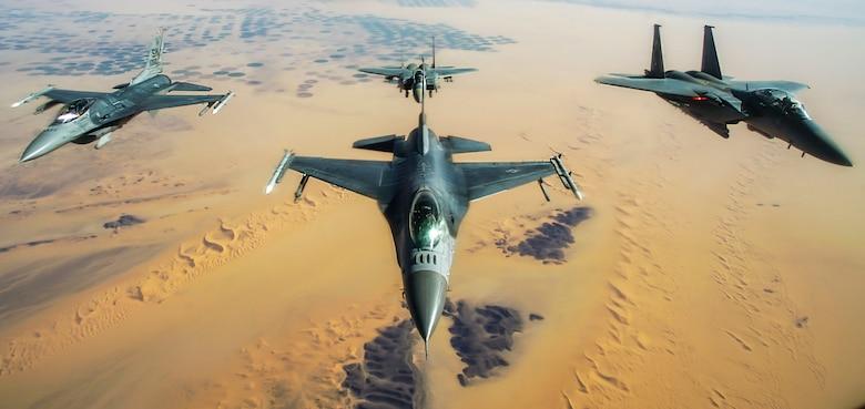 50th EARS refuel F-16s