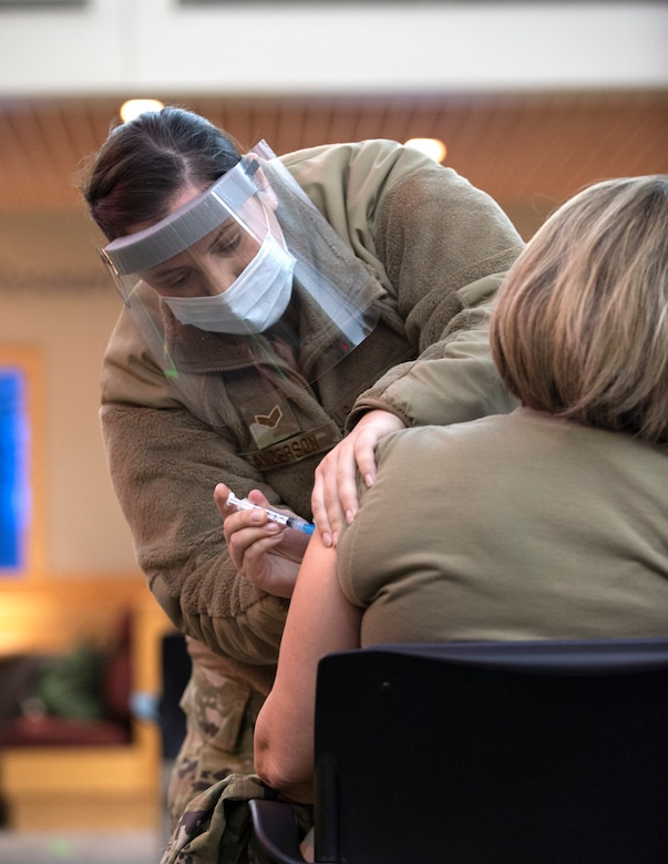U.S. Air Force Airmen from the 133rd Airlift Wing received their first dose of the Moderna COVID-19 vaccine in St. Paul, Minn., Jan. 8, 2021.