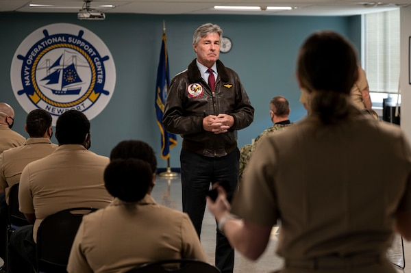 Secretary of the Navy visits NOSC Newport